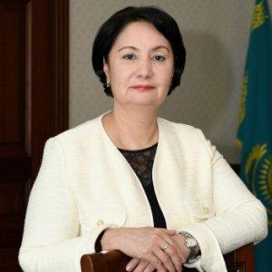 Гүлшара Әбдіқалықова: Жерлестерімнің қауіпті індет кезеңінде сақтанып жүргенін қалар едім